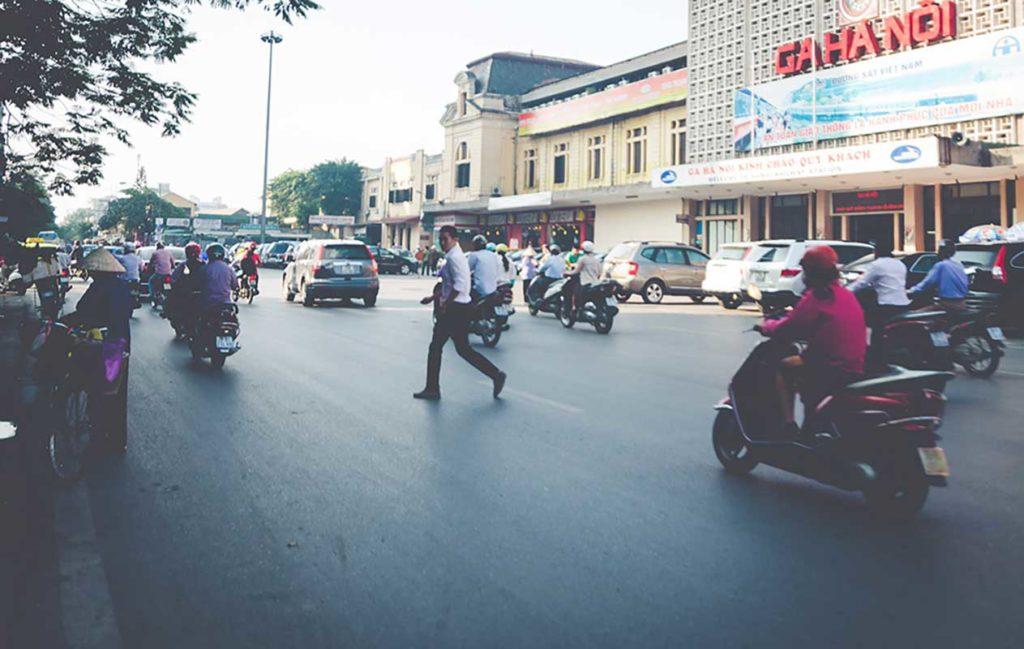 crazy motorcycle hanoi