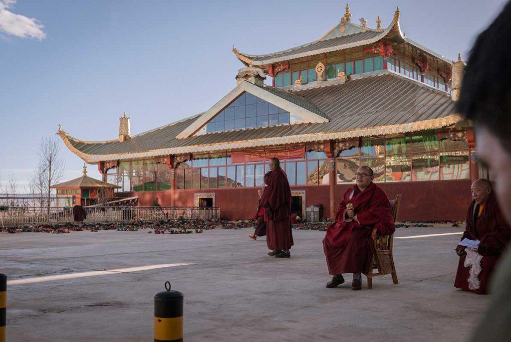 lama (living buddha)
